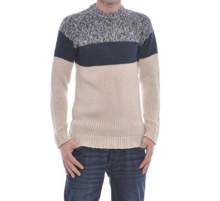 Pulover tricotat cu maneca lunga