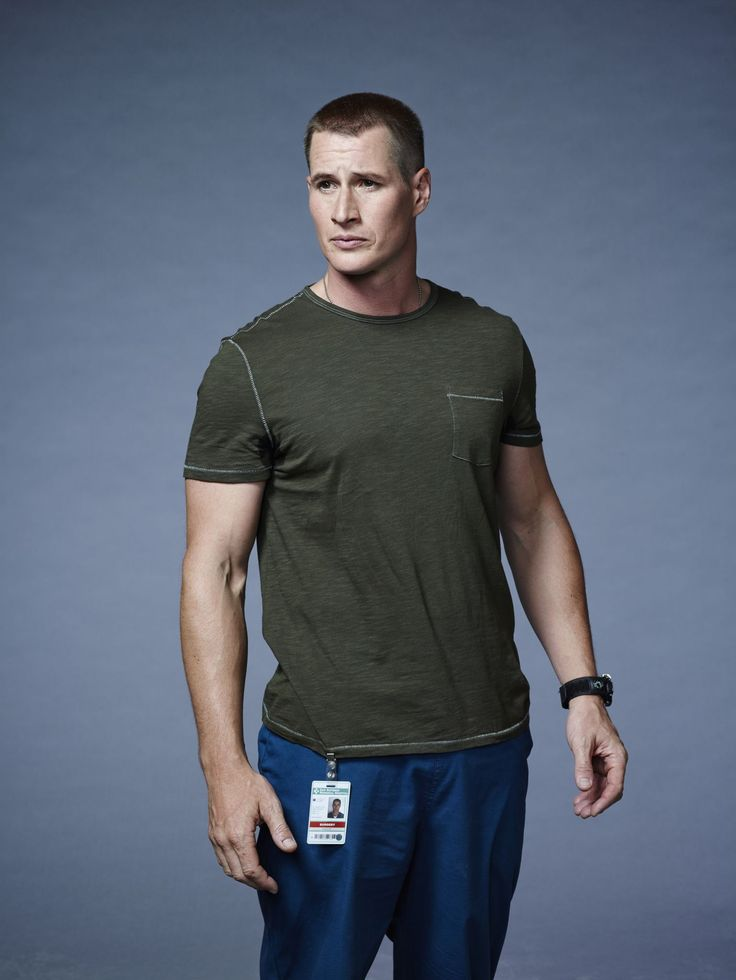 Season 1 & 2 Promotional Photo Outtakes - 013 - Brendan-fehr.net photo gallery