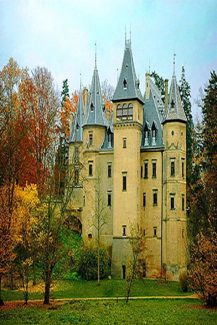 Poland Travel Inspiration - Aussiegirl Castles Medieval Castle in Goluchow, Poland.  Almost impossible to defend unless there is a very steep and deep gorge all around it but a beautiful piece of architecture nonetheless.