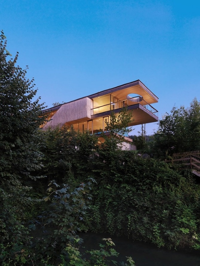 17 best images about cabin in the woods on pinterest diy for Modernes haus am berg