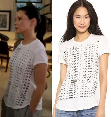 """Elementary season 3 premiere, """"Enough Nemesis to go Around"""" fashion: Find out where Joan Watson (Lucy Liu) got her white t-shirt with black graphic print #elementary #lucyliu #joanwatson"""