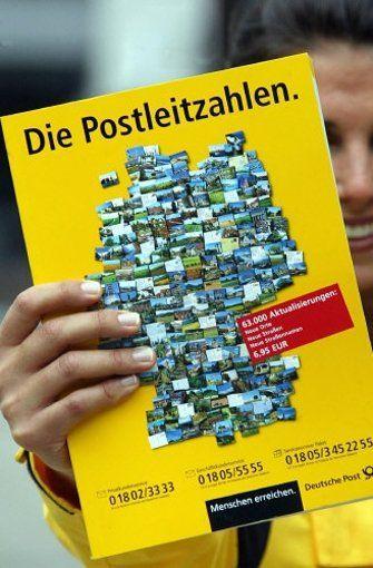 Kaum zu glauben - aber die Deutschen liebten ihre vierstelligen Postleitzahlen, und nicht wenigen fiel es schwer, sich von ihnen zu verabschieden. Ist irgendwie auch nachvollziehbar: 7000 für Stuttgart war klar und einfach - dem 70567 für Plieningen fehlt dagegen etwas der Charme. Foto: dpa