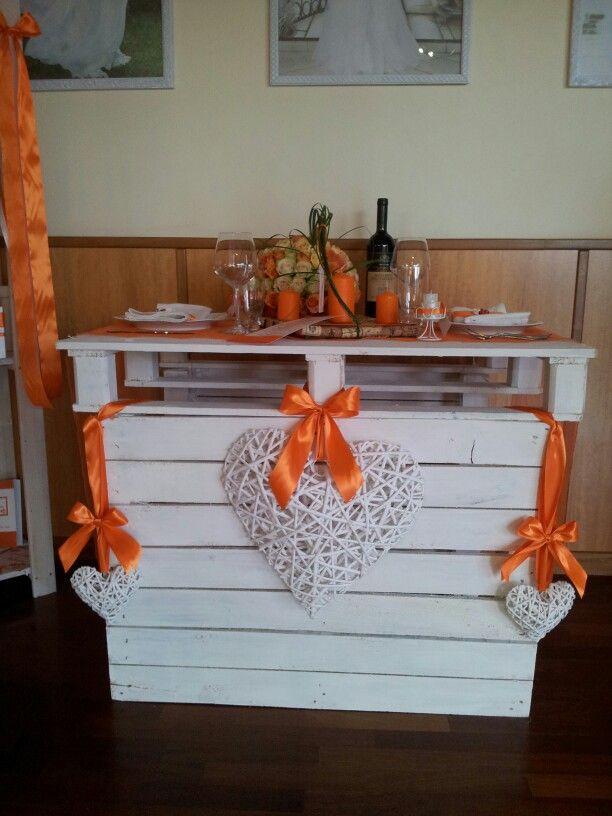 Idea allestimento tavolo matrimonio shabby chic. #table #idea #wedding #shabbychic #heart #orange
