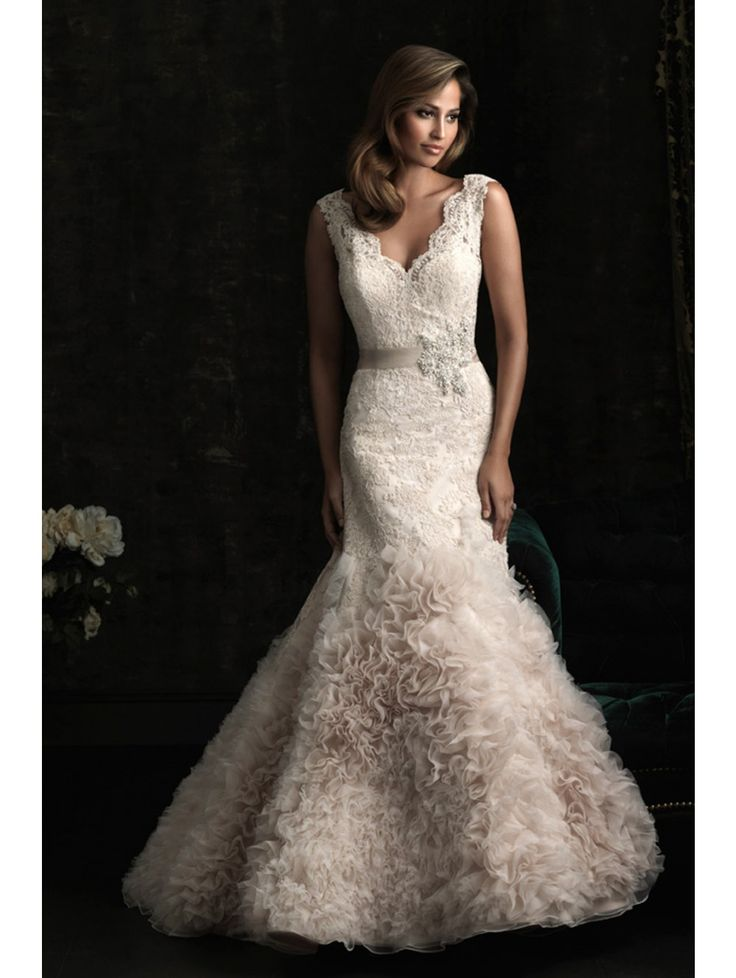 Gorgeous Lace&organza&tulle Fabric V-neck Neckline Wedding Dress(NEW)