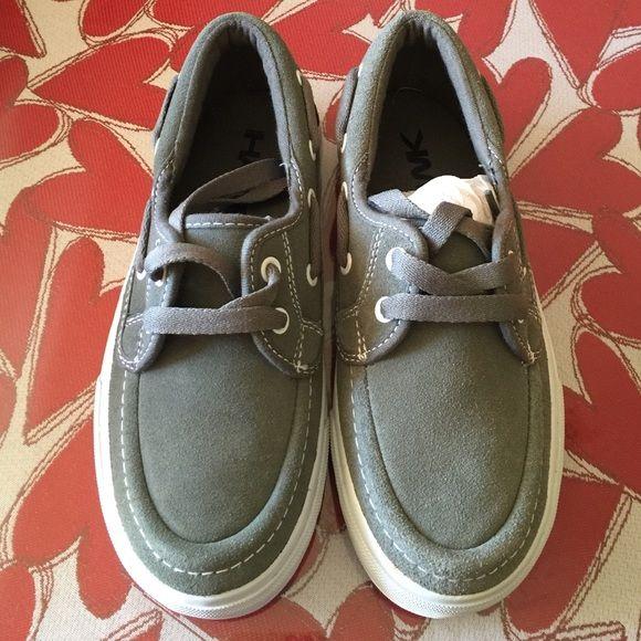 Boys Tony Hawk shoes New never been used. Tony Hawk Shoes Sneakers