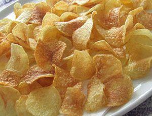 Siete pronti per preparare le patatine fatte in casa? Ecco a voi la ricetta delle Pringles Bimby. Per gli amanti delle patatine ecco una ricetta imperdibile realizzabile con il nostro caro amico Bimby. Gli ingredienti necessari alla realizzazione di questa ricetta sono elencati qui sotto. Per una ventina di chips ci servono: -1 bicchiere di …