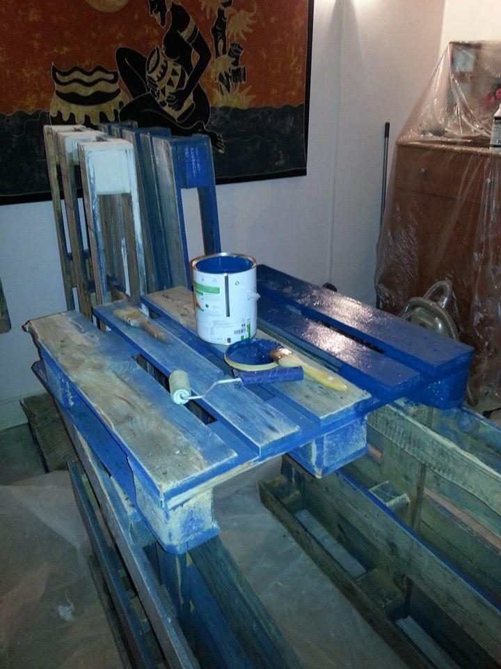 1000 images about diy mon lit lumineux en palettes on pinterest pallet coffee tables. Black Bedroom Furniture Sets. Home Design Ideas
