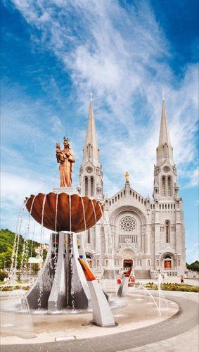 Quebec's national shrines:  Sainte-Anne-de-Beaupre