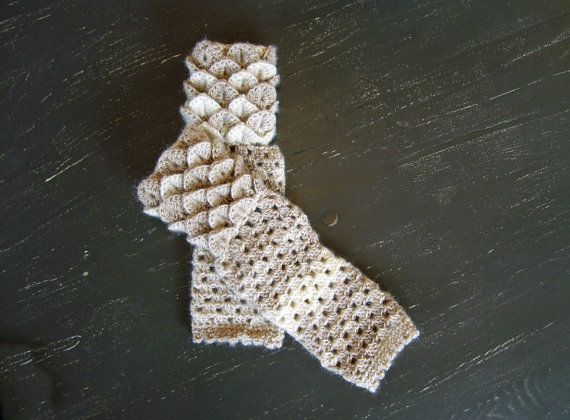 Dragon Scale Fingerless Gloves Crocodile by DeesCozyCreations