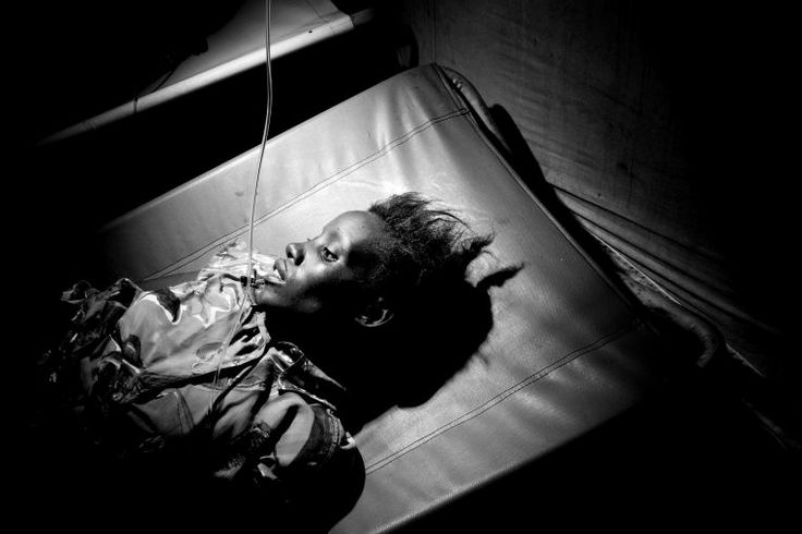 Cholera in Angola - Magnum feature | Médecins Sans Frontières (MSF) International. Photo Paolo Pellegrin