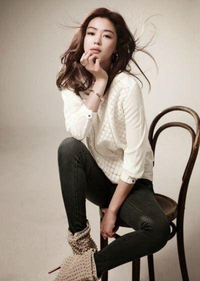 Photos of Top Korean Actress Jun Ji-hyun | Purba Java Indo