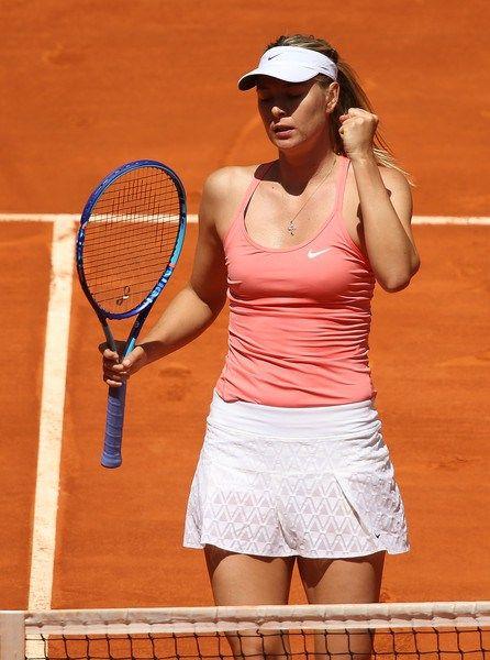 Maria Sharapova Defeats Ana Ivanovic In 2013 Mutua Madrid