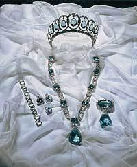 Aquamarine tiara and parure belonging to the Spanish royals - see previous pins