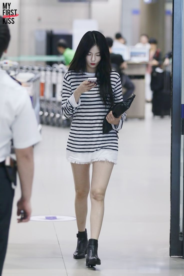 Hyuna Airport Fashion K Pop Fashion Pinterest Logos Incheon And Airport Fashion