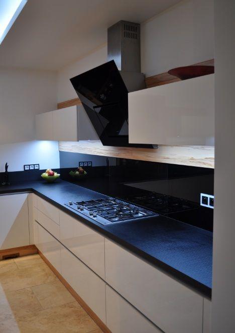 Interior kuchnie  Biały połysk Drzewo różane