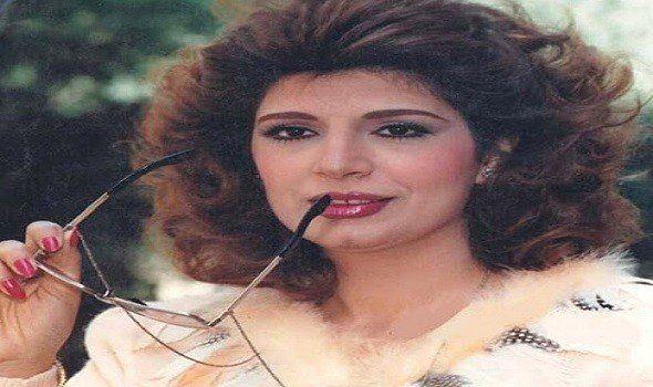 وفاة وفاء السبع شقيقة الفنانة المعتزلة صفاء السبع Hoop Earrings Earrings