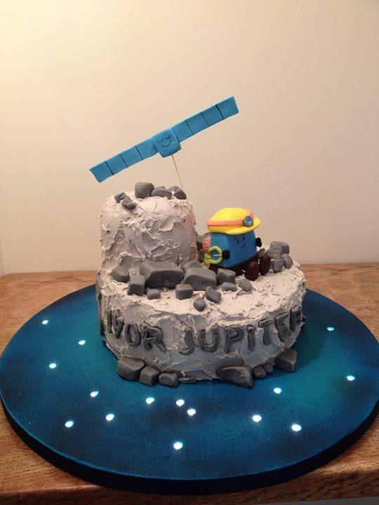 #Rosetta & #Philae exploring comet #67P (in cake!) #NASA #space