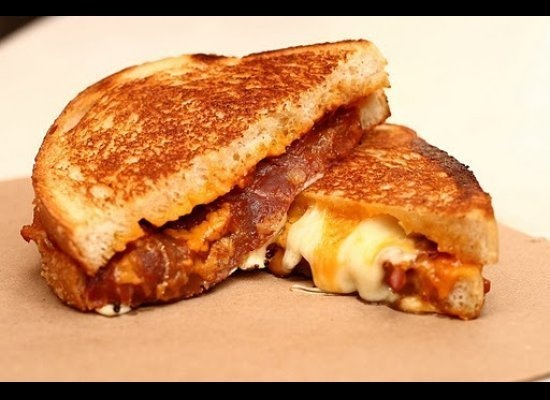 the best grilled cheese in the u.s.: wisconsin cheddar, proscuitto, tomato marmalade: Cheese Curd, Chee Curd, Grilled Chee Recipe, Wisconsin Cheddar, Grilled Cheese Sandwiches, Tomatoes Marmalade, Sandwiches Recipe, Grilled Cheeses, Grilled Chee Sandwiches