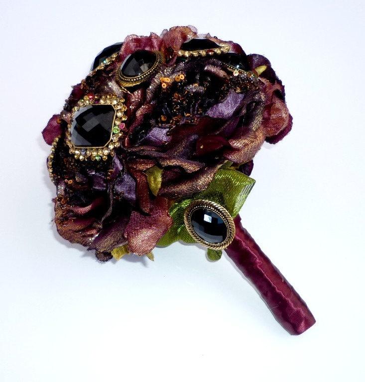 Brooch bouguet  Dark burgundy and boutonniere, via Etsy.