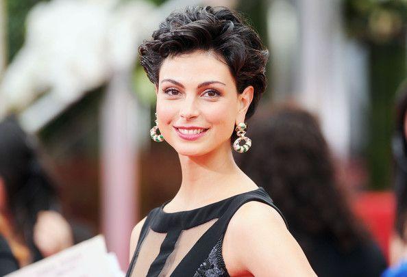 Morena Baccarin Short Curls - Short Curls Lookbook - StyleBistro