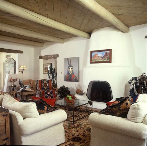 so many beautiful aspects about this room from the exposed beams to the native pieces southwestern decoratingsouthwestern stylesouthwest home