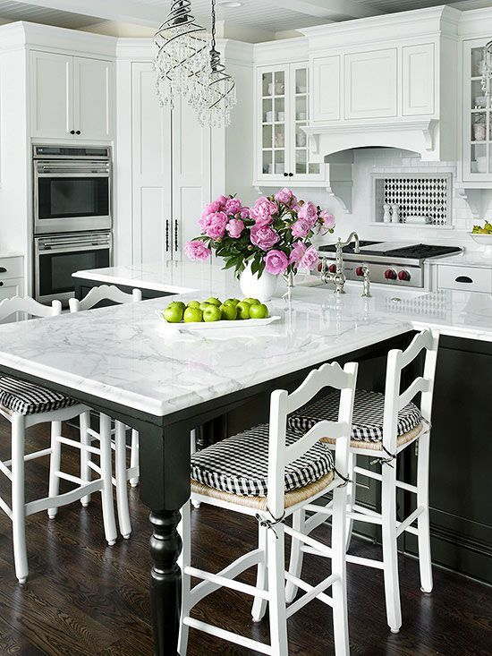 Extended Seating off the island. And the black & white checks are perfect in this kitchen!