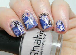 Turquoise kaleidoskope nail art stamping feat. Femme Fatale Gentlemen's Scuffle, Bornpretty light blue stamping polish, Kaleidoskope BPX-L021 stamping plate. // Nail art caleidoscopio con smalto  Femme Fatale Gentlemen's Scuffle, smalto per stampa unghie azzurro n. 9 Bornprettystore e dischetto stampa unghie Kaleidoskope BPX-L021.