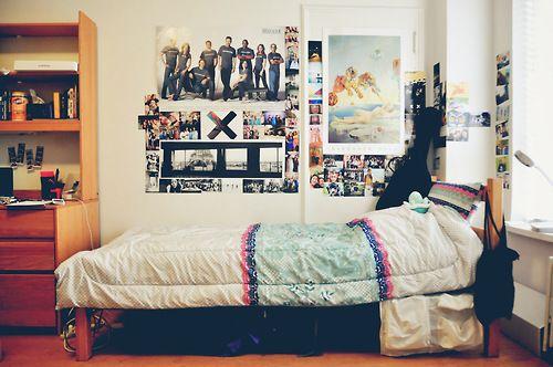 Cool Dorm Rooms  NYU  nyu  Pinterest  Colleges, Cas  ~ 212851_Dorm Room Ideas Music