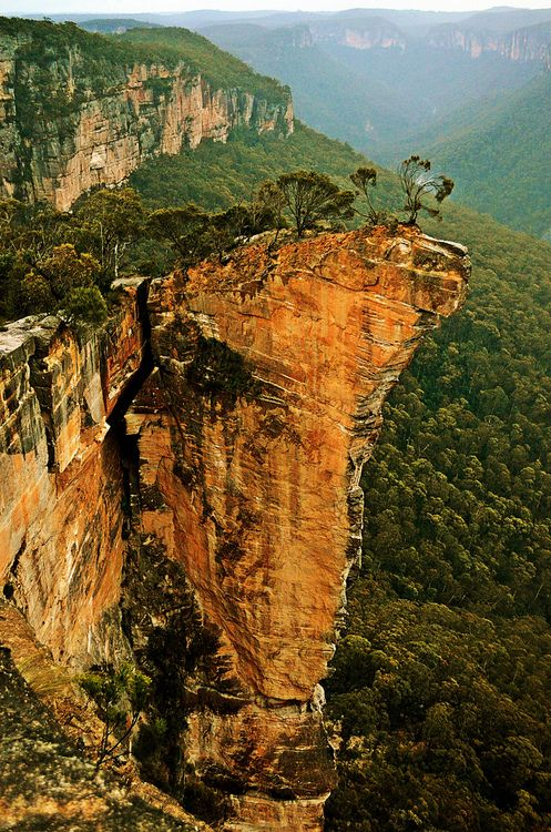 Wondrous geology in the Blue Mountains, a couple hours west of Sidney, Australia.