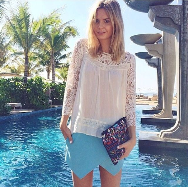 Tuula Vintage blogger Styling our Pari Clutch to perfection. Available online!