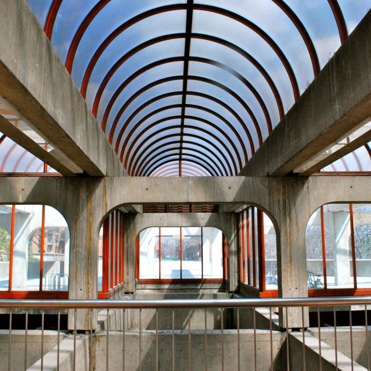 Art and Architecture of Montreal's metro