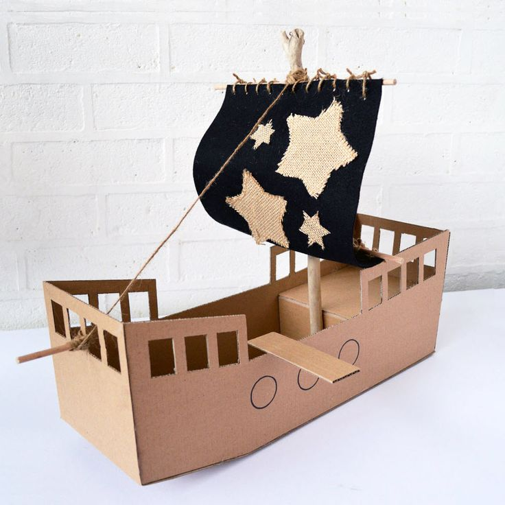 Navire pirate                                                                                                                                                                                 Plus