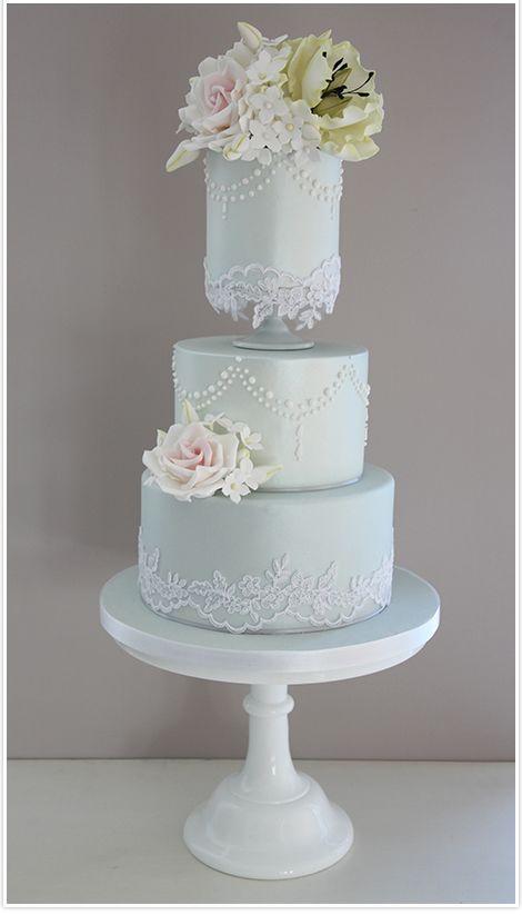 50 Unusual Wedding Cake Flavours