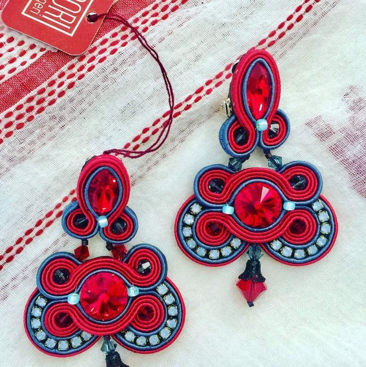 Brighten your day with Dori's bold color Fandango earrings...as seen on display at Calanit Bisuteria, Sotogrande, Spain   #doricsengeri #sotogrande #spain #boldcolors #statement #earrings #luxeearrings #coutureearrings