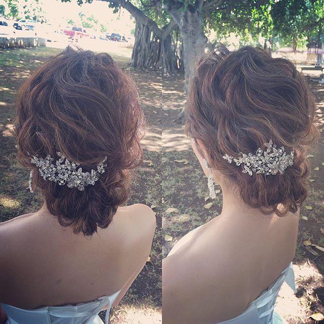 ヘッドピースをアクセントに  HAIR BY YU @yuco.sasaki  PRODUCED BY @motif_wedding_design_resort  #TheTerraceByTheSea #TerraceByTheSea #TAKAMIBRIDAL #53ByTheSea #hawaii #hawaiiwedding #wedding #bridal #bride #groom #reception #ナウパカチャペル #カウイチャペル #ザテラスバイザシー #テラスバイザシー  #タカミブライダル #53バイザシー #ハワイ #ウェディング #リゾ婚 #結婚式 #プレ花嫁 #海外挙式 #ハワイ挙式 #チャペル挙式 #bridalmakeup #weddinghair #ブライダルヘアメイク #ブライダルヘア #ブライダルメイク