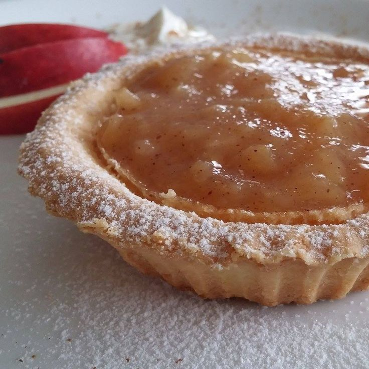 Tartaletky s tvarohem a jablečným pudinkem