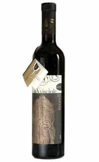 #vinoevisciole. tipica bevanda della zona di #pergola fatta di vino rosso in cio vengono lasciate macerare delle visciole. #morelloaustera #hotelimperialmarotta