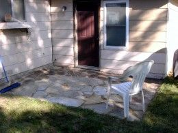 DIY Flagstone Patio. Nice article for a beginner.