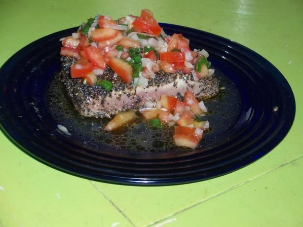 seared tuna with tomato lemon vinaigrette recipes dishmaps seared tuna ...