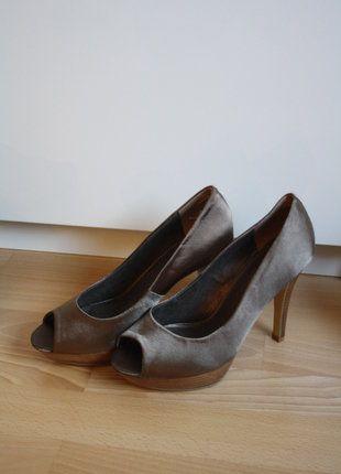 Kaufe meinen Artikel bei #Kleiderkreisel http://www.kleiderkreisel.de/damenschuhe/hohe-schuhe/150984125-neu-high-heels-peeptoes-grun-grosse-39