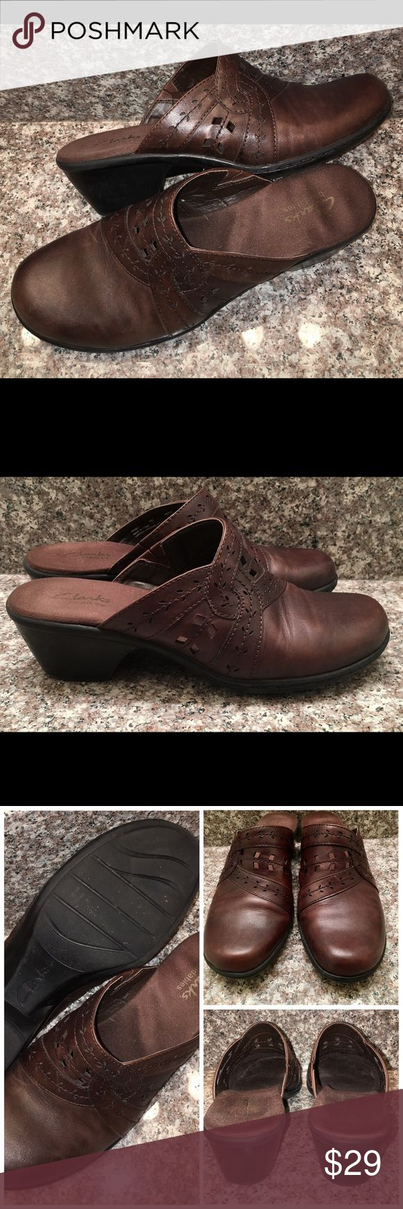 CLARKS Bendables Brown Mule Clog Shoes Sz 8 M These are the CLARKS Bendables Mule Clogs Shoes in a sz 8M❤good used condition ❤the shoes are brown with interesting cut out accents❤happy poshing friends! Clarks Shoes Mules & Clogs