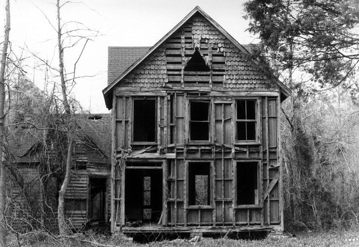 Abandoned house in White Marsh, Virginia - Abandonment (legal) - Wikipedia