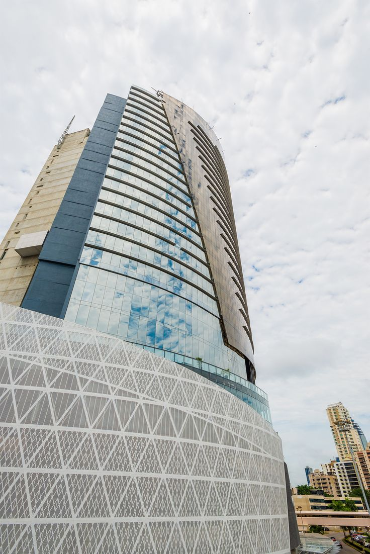 We are Located on the ground floor of Hotel Las Americas Golden Tower Panama. We wait for you Monday through Sunday from 11am to 10:30pm.  http://bit.ly/1NVjsYz