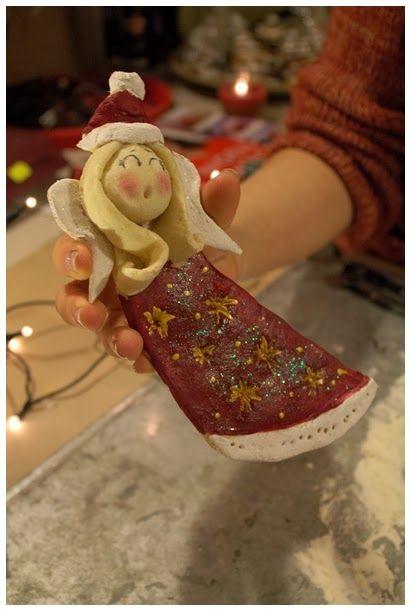 Świąteczny anioł z masy solnej www.rekodzielo-art.pl