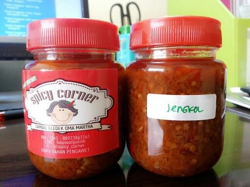 A lot of Indonesians like sambal jengkol.. different taste from other sambals in the world.. hihii.. #indonesianfood
