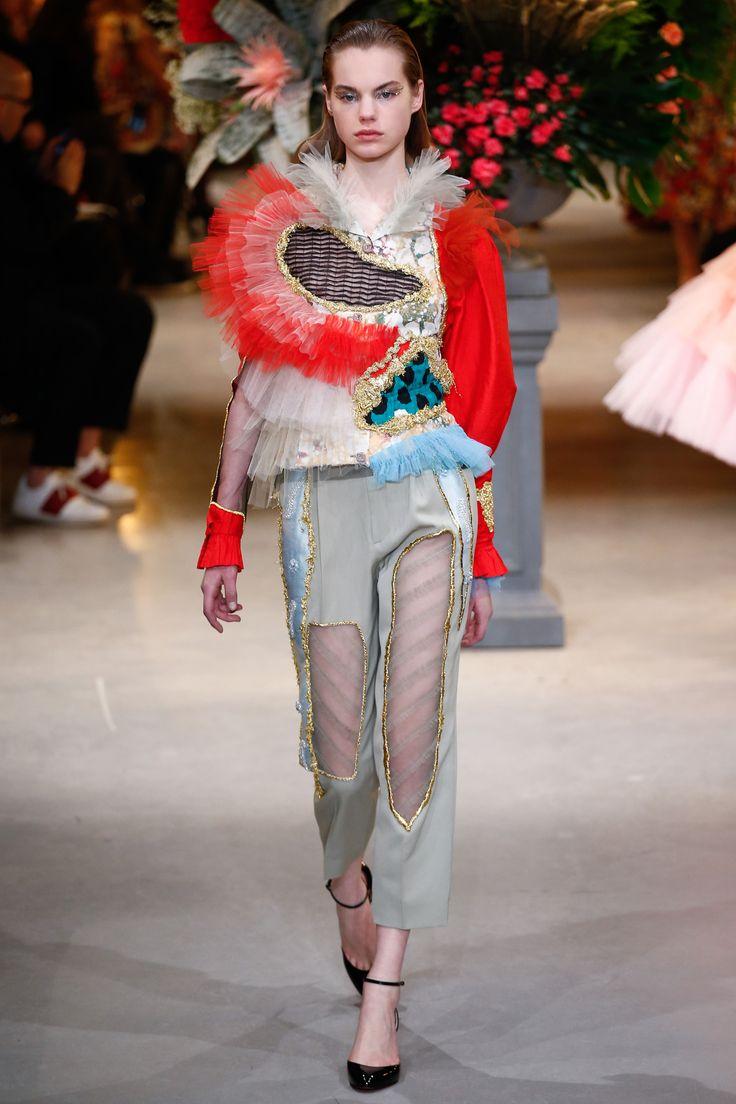 Défilé Viktor & Rolf Haute couture printemps-été 2017 21
