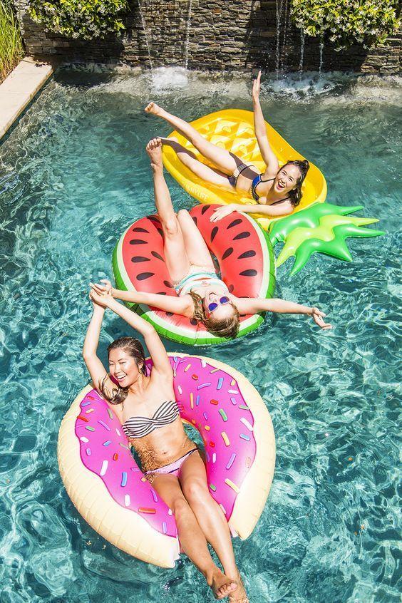 M s de 25 ideas incre bles sobre albercas inflables en for Flotadores para piscinas