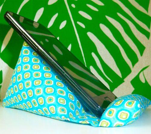 Ich liebe die Sitzsäcke.Bereits mehrfach genäht und...für gut befunden.Und brauchbar!  Handy Sitzsack Smartphone FREEbook gratis kostenlos Anleitung farbenmix