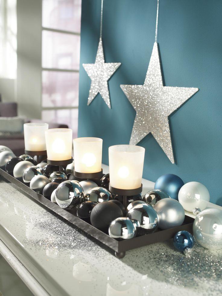 Petrol und Silber harmonieren wunderbar! An Weihnachten ist diese Kombination eine erfrischende Abwechslung! Ob Weihnachtsschmuck, Lichterketten oder Kerzen in den Farben - 2016 erscheint Weihnachten in einem neuen Gewand!
