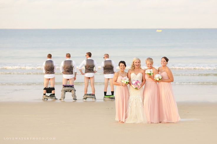 25 Candid Wedding Photos That Are Too Much Freakin Fun